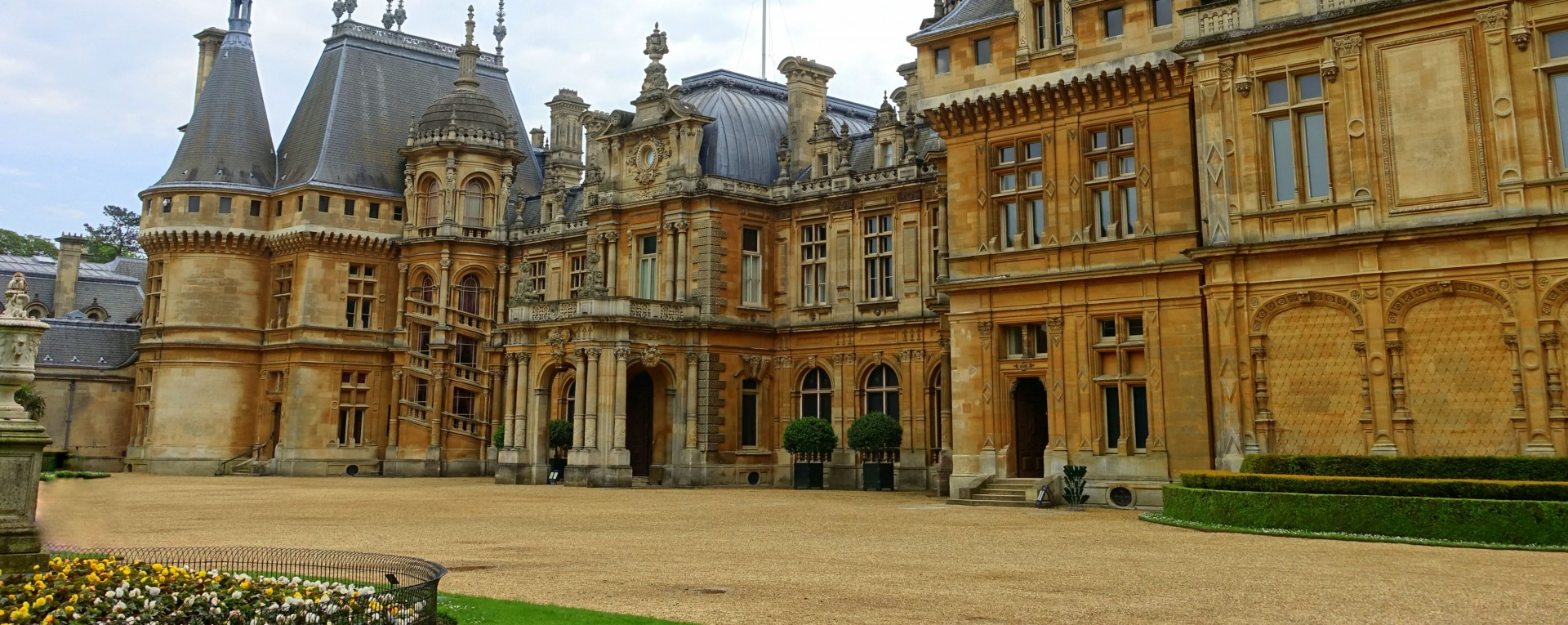 The Houses and Gardens of Oxfordshire & Buckinghamshire ...