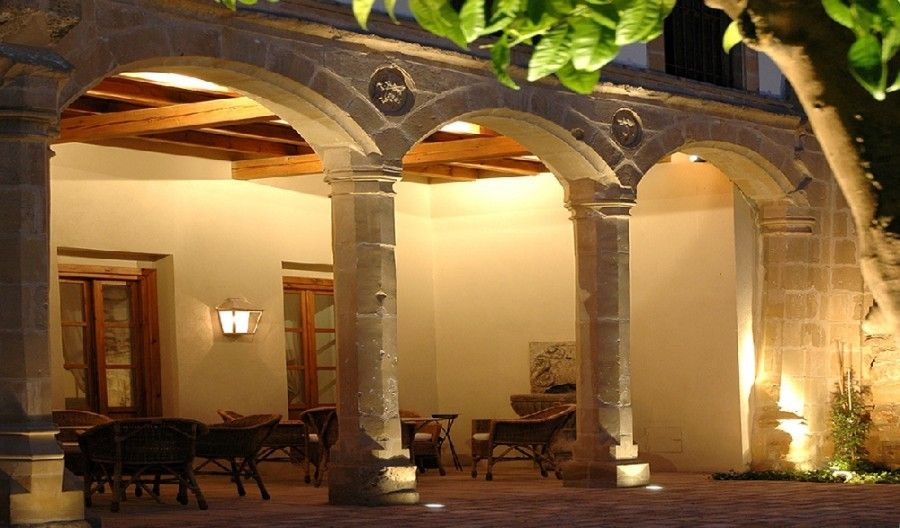 Puerta de la luna hotel andalucia spain europe luxury for Puerta 9 luna park