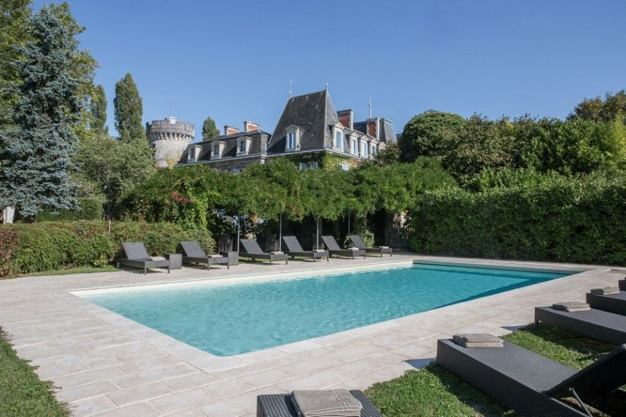 Ch teau de lalande hotel dordogne france europe for Piscine yves nayme